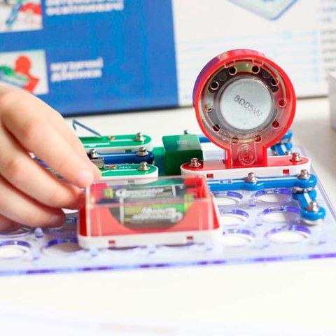 Електронний конструктор ЗНАТОК 118 схем Прев'ю 3